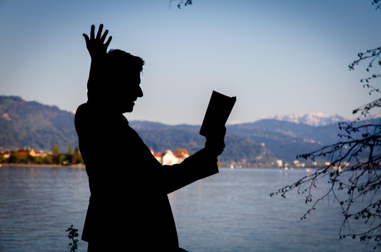 Literarische Spaziergänge und Literaturkabarett